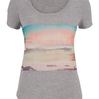 Beach Lovin Graphic Print Tee - Multi