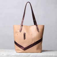 Beige leather bag. Nude / copper leather tote bag.
