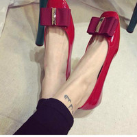 Red or Black Bow Flat Trendy Shoes