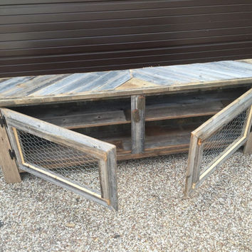 Rex Crown Reclaimed Barn Wood Rustic Style 70'' TV Stand/Sofa Table