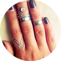 Silver Chevron Wire Wrapped Gun Metal Band Stackable Mid Finger Above The Knuckle Ring Set