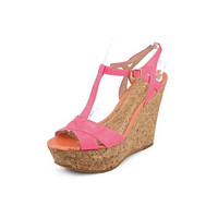 Juicy Couture Womens Dakota Patent T-Strap Wedges