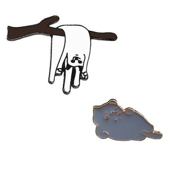 Cute Cartoon Pin Badge White Cat on Branches Lying Cat Brooch for Kids Women Men Pins Buckle Denim Jacket Clothing Jewelry Gifts