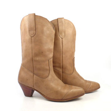 Frye Boots  Vintage 1980s Stacked Heel Tan Brown Leather Women's size 9 M