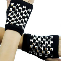 Checkered Silver Pyramid Stud Fingerless Gloves