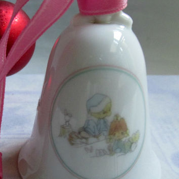 Precious Moments Enesco Collectible 1989 Pieces on Earth Christmas Bell Ornament