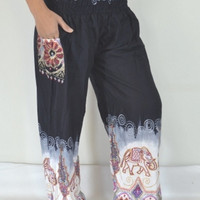 Yoga Pants Black, White and Purple  color/Harem Pants/Hippie Boho/Print Elephant design/Elastic waist/Comfortable wear/Gypsy pants/Thai.