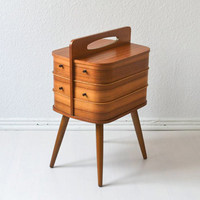 Vintage sewing basket sewing box coffee table bedside table jewelry box nightstand Mid-Century Modern 60s