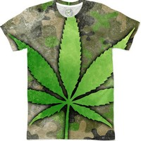 Weed Leaf Men's T-Shirts by Bethany Bailey | Nuvango