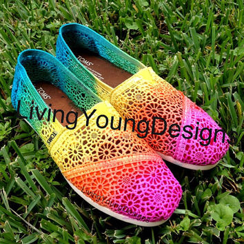 Tie Dye TOMS Crochet Rainbow Ombre Toms by LivingYoungDesigns