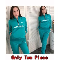 Nike Popular Women Casual Hoodie Top Sweater Pants Trousers Set Two-Piece Sportswear Green