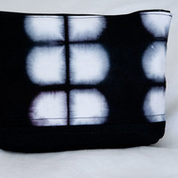Black Shibori zippered bag - Shibori Dyed , Black Dyed , cosmetic bag, accessory bag, zippered bag