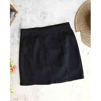 Free People - Femme Fatal Pull On Skirt in True Black