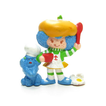 Crepe Suzette and Eclair Cooking Deluxe Mini Figurine Vintage Strawberry Shortcake Toy