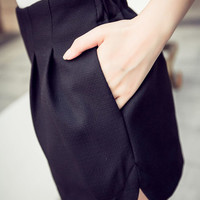 Black Wide Leg High-Waisted Short with Pocket