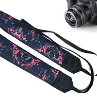 Elegant Camera Strap. Gift For Women. Gifts For Her.  Flowers Camera Strap. Accessories