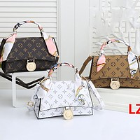Hipgirls Louis Vuitton LV new printed letters ladies personality handbag shoulder bag