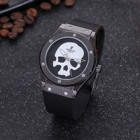 8DESS Hublot Woman Men Fashion Quartz Movement Wristwatch Watch
