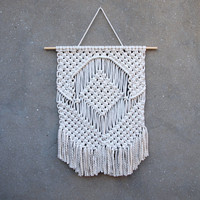 Home accents Living room wall decor Weaving wall hanging tapestry Macrame wall hanging Gift for aunt Gift for grandmother Boho home decor