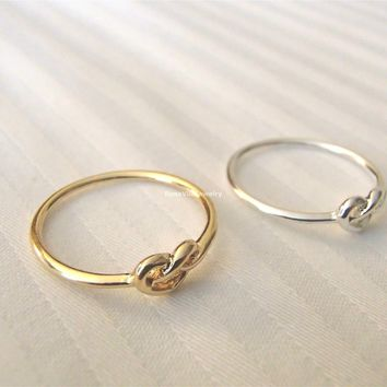 Dainty Wired  Heart Ring - Gold and Silver
