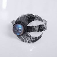 Textured Sterling Silver Crescent Moon & Labradorite Ring