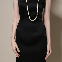 Black Round Neckline Sleeveless Midi Dress