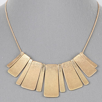 "16"" gold rectangle pendant necklace"