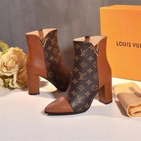 2020 New Louis Vuitton LV Woman Popular Cow Leather Monogram Empriente Zipper Ankle Short Boots high heels shoes best quality brown