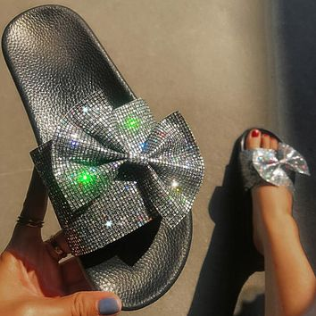 Women Glitter Slippers Woman Bling Bowtie Slides Ladies Casual Female Flat Crystal Beach Shoes Women Flip Flops
