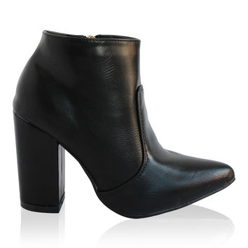 """""""Brittany"""" Chunky Heel Pointy Toe Booties - Black"""
