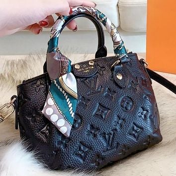 LV Louis vuitton New fashion monogram leather shopping leisure handbag shoulder bag crossbody bag two piece suit Black
