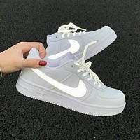 NIKE Air force 1 Nike Sb Dunk Low Pro Hot sale classic color matching casual shoes for men and women Shoes sports shoes sneakers White&Gray Reflective hook