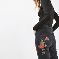 MOTO Rose Embroidered Mom Jean