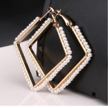 """2.50"""" gold faux pearl square earrings"""