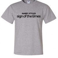 """Harry Styles """"Harry Styles Sign of the Times"""" T-Shirt"""