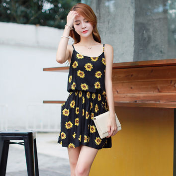 Women's clothing on sale = 4458106180