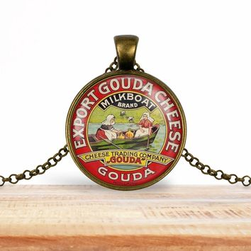 Vintage product label photo pendant - Gouda cheese vintage label image