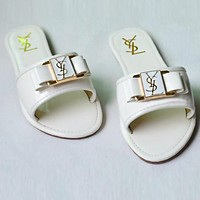 YSL Yves Saint Laurent Trending Women Stylish Beach Home Flat Sandal Slipper Shoes White I12592-1