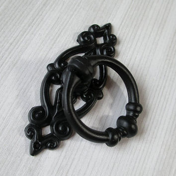 Black Shabby Chic  Dresser Drawer Pulls Knobs Handles Drop Ring / Cabinet Knobs Handle Pull Knob Antique Furniture Decorative Hardware D47