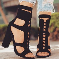 New large size, new European, American and Roman laced high-heeled sandals