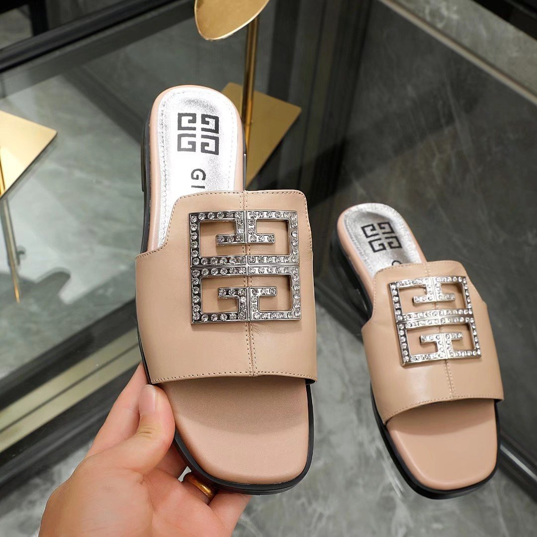 Image of GIVENCHY  Women Casual Shoes Boots fashionable casual leather Women Heels Sandal Shoes