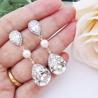 Wedding Bridal Dangle Earrings Bridesmaid Earrings Cubic zirconia earrings with Clear White Swarovski Crystal and Pearls Tear drop Earrings