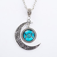 Silver Chain Triple Moon Goddess Pendant Black Wiccan jewelry Moon Goddess Necklace Glass Dome Pentagram Choker Necklaces Women