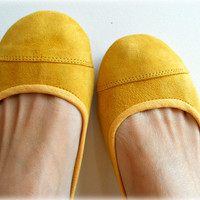 LUNAR- Ballet Flats - Suede Shoes - 38- Lemon Zest. Available in different colours & sizes
