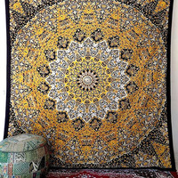 LARGE YELLOW FABRIC Star Mandala Psychedelic Wall Tapestry Hippie Wall Hanging Throw Boho Bed Bedspread Ethnic Home Decor
