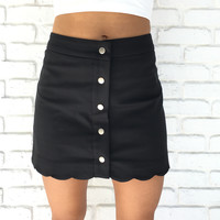 Beyond The Waves Scallop Skirt In Black