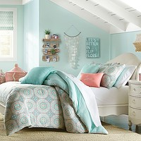 Wendy Bellissimo™ Sunrise Reversible Comforter Set in Sea Green