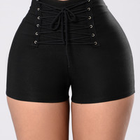 Searching For A Rarity Shorts - Black