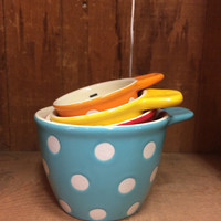 Dottie Measuring Cups