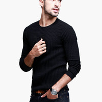 Black Long-Sleeve Pullover Shirt